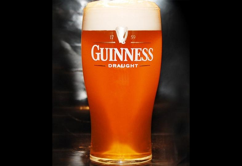 Ölglas - glass Guinness Draught plat - 50 cl